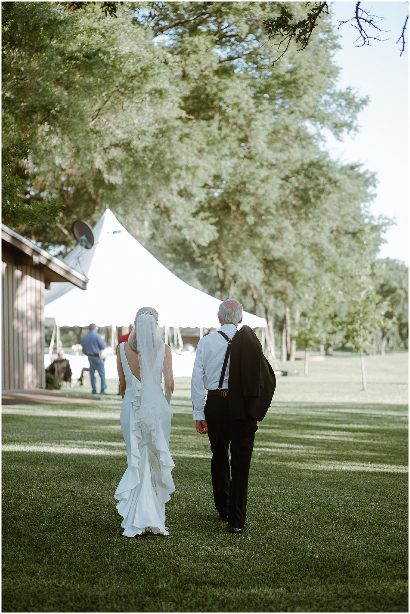 rustic destination wedding in ennis texas father daughter