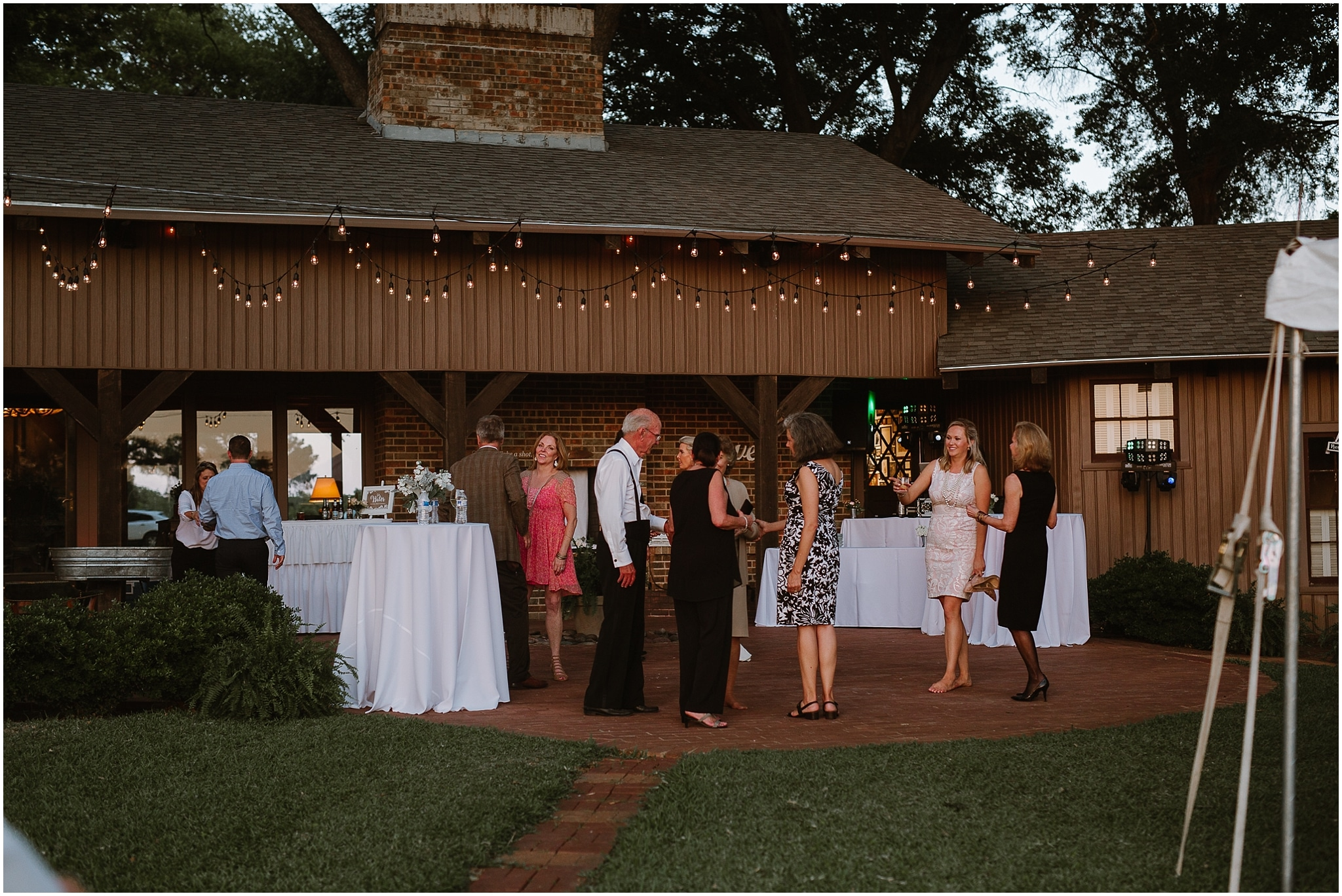 rustic destination wedding in ennis texas reception