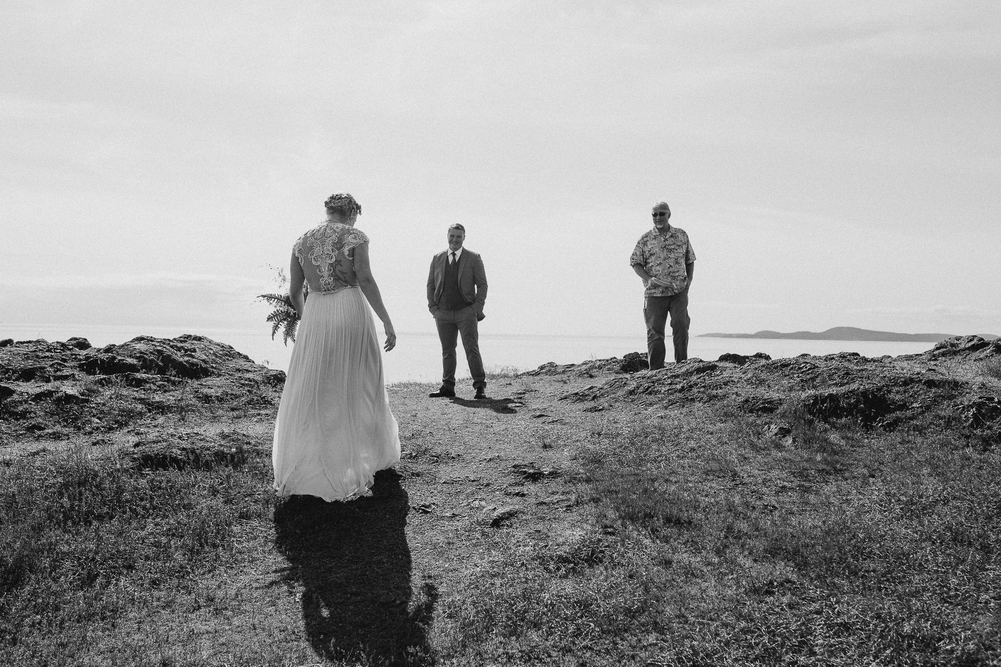 Whidbey Island Elopement Photos, Deception Pass Elopement Photos, Washington Elopement Photographer, Rosario Beach elopement photos, Washington wedding photographer, Best photographers in Washington, Best Washington elopement photographers, Best Washington Wedding photographers, adventurous Elopement session, Whidbey Island Deception Pass, adventure elopement photographer, hipster couple elopement photos