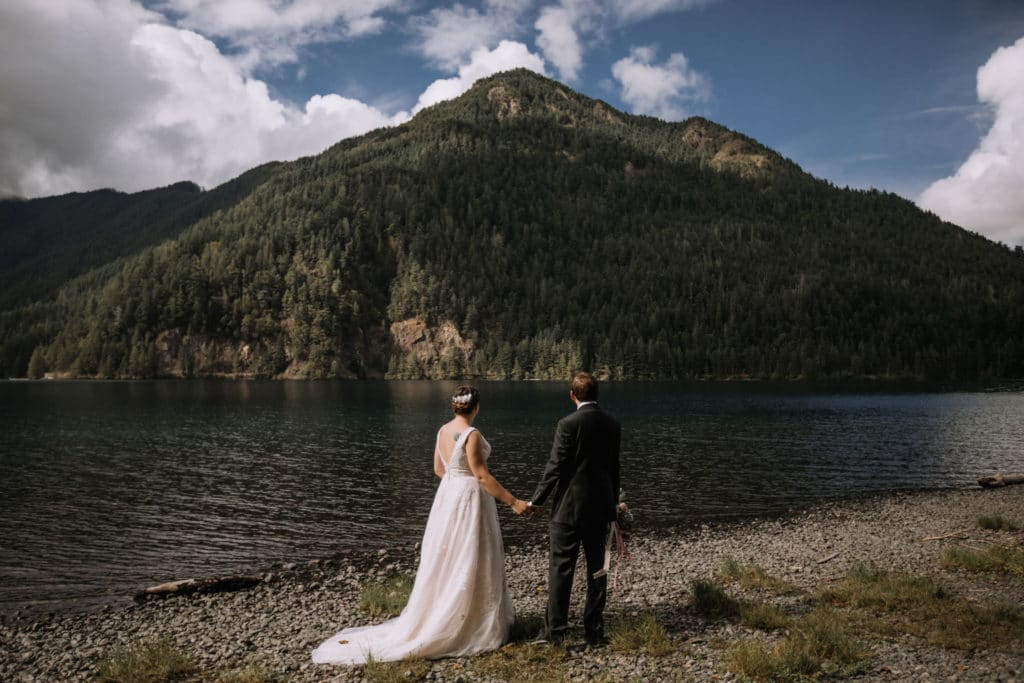 Top 5 popular locations (and 5 secret ones!) to elope in Olympic national park.